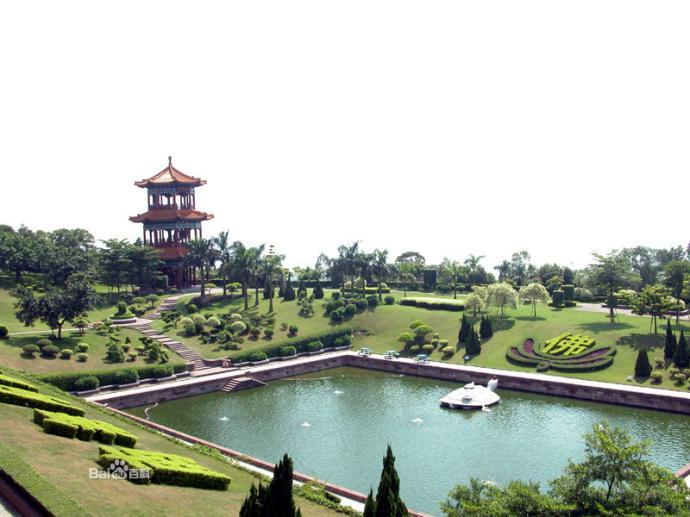 莲花山风景区位于番禺市的东郊