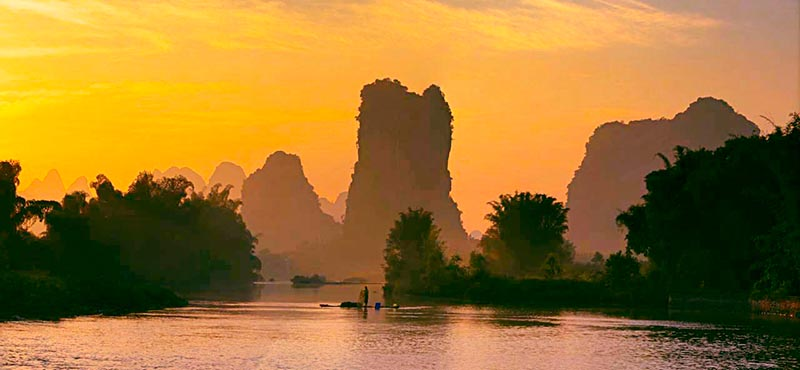 Shutong Mountain on Li River