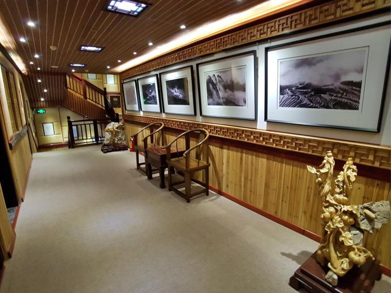 gallery Lodge, Hallway